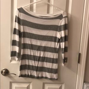 Gap gray and white stripped top